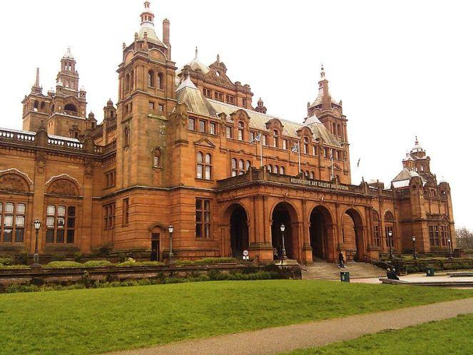 Kelvingrove_Museum,_Glasgow._-_panoramio